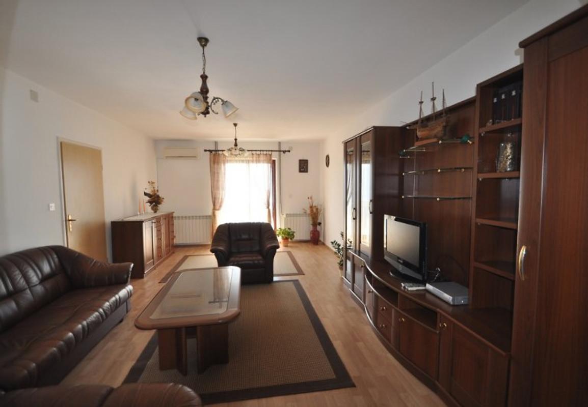 lokvic mit panorama meerblick ferienwohnung in kornic mieten. Black Bedroom Furniture Sets. Home Design Ideas