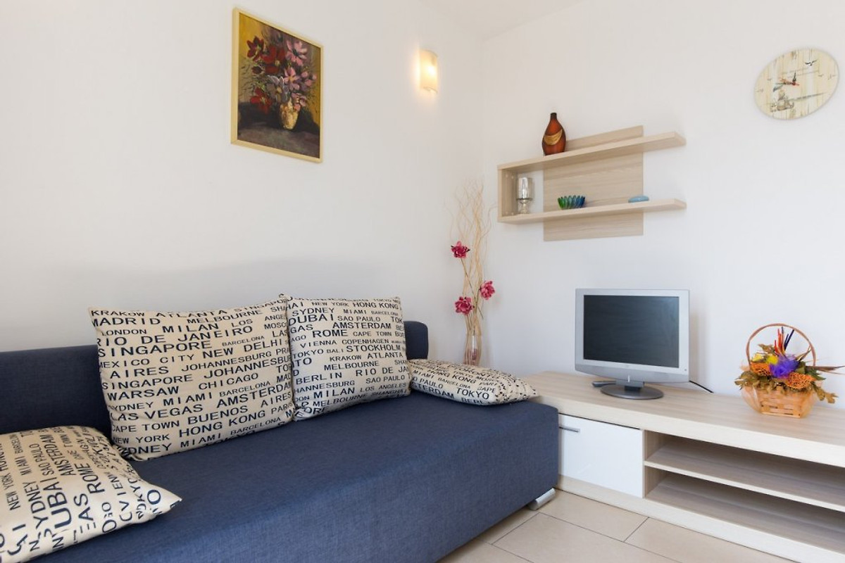 elena 1 close to the beach sea view holiday flat in vrbnik
