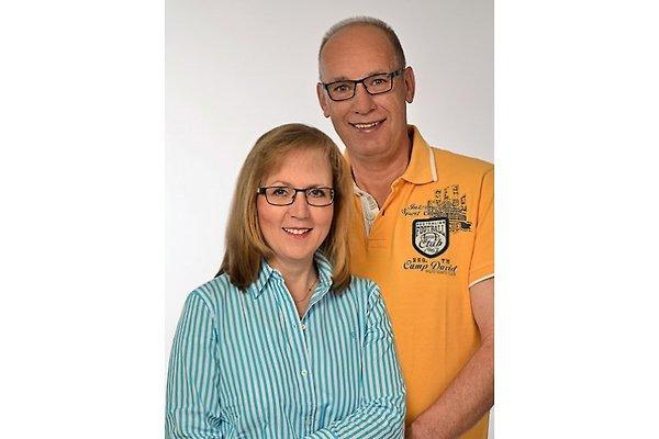 Herr und Frau A. Kremer