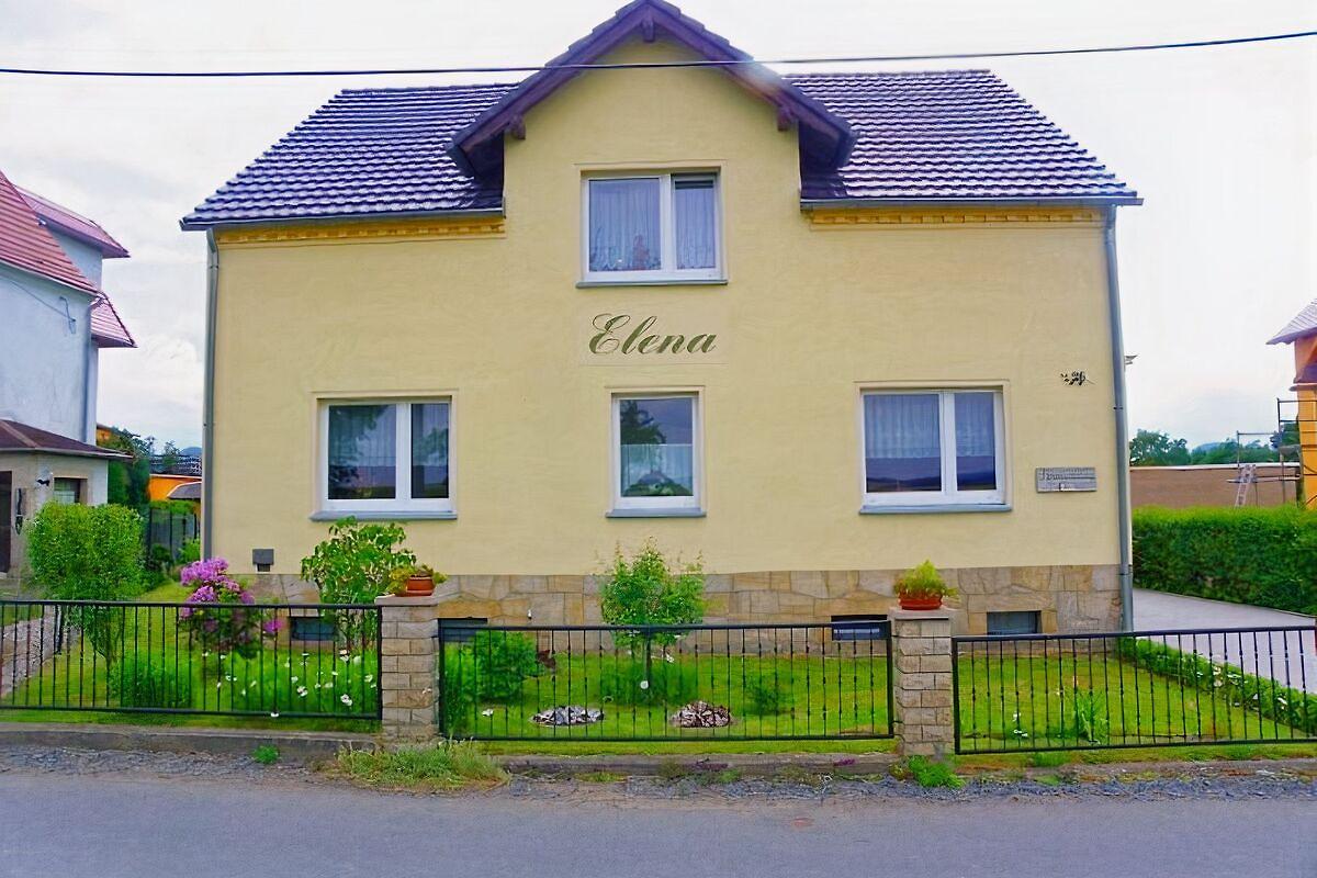 haus elena ferienwohnung in rathmanndorf h he mieten. Black Bedroom Furniture Sets. Home Design Ideas