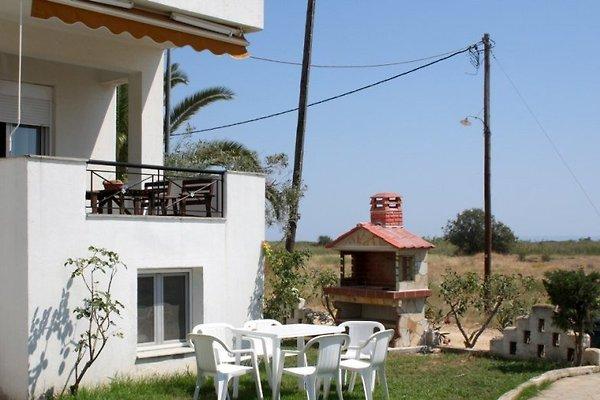 Strandhaus Christos en Psakoudia - imágen 1