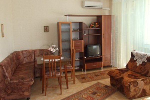 Apartament LILI in Pomorie - Bild 1