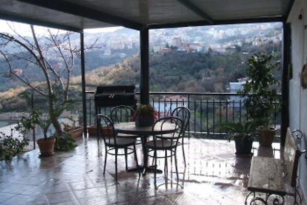 Between Ilbono and Lanusei, a two persons apartment, with a large porch, terrace and garden, fenced.
