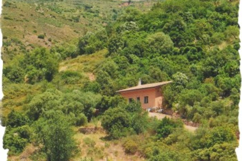 A cozy vacation house surrounded by natural beauties..