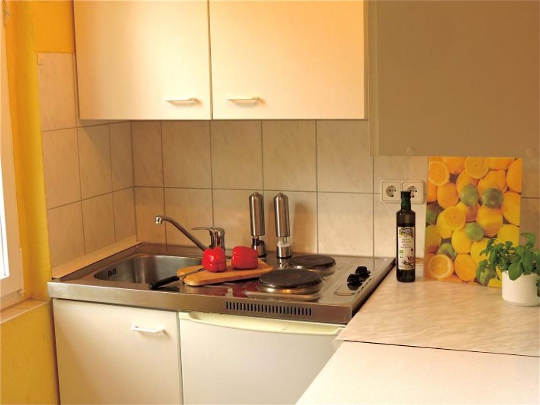 feriendorf drewensee ferienhaus in wesenberg mieten. Black Bedroom Furniture Sets. Home Design Ideas