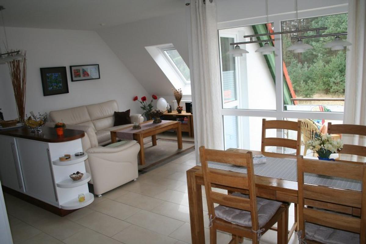 ostseemuschel 100m bis zum strand ferienwohnung in karlshagen mieten. Black Bedroom Furniture Sets. Home Design Ideas
