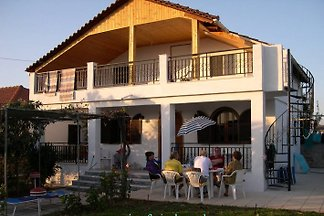 Halkidiki holiday house by the sea
