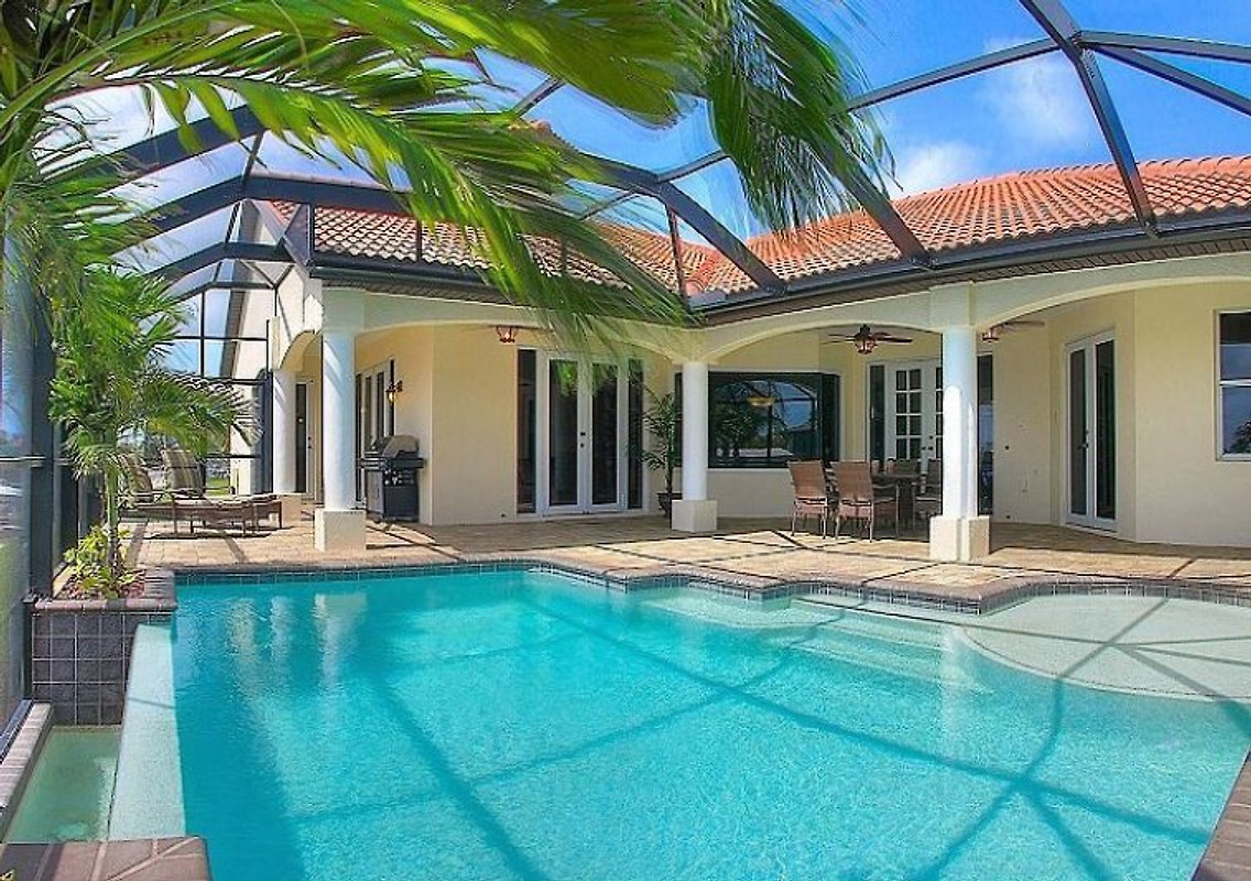seabim villa rave ferienhaus in cape coral mieten. Black Bedroom Furniture Sets. Home Design Ideas
