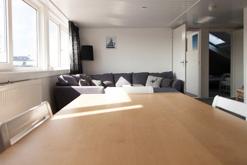 Wohnzimmer Tisch 8