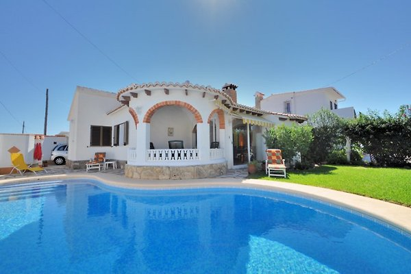 Ferienhaus Privatpool - strandnah in Denia - Bild 1