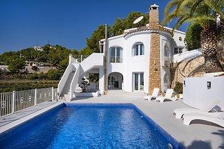 Villa Comfort vista mozzafiato sul mare