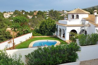 neu eingerichtete Villa in Denia