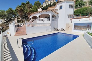 Villa with private pool and Jacuzzi