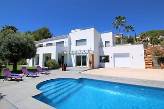NEW: Villa La Sella Denia
