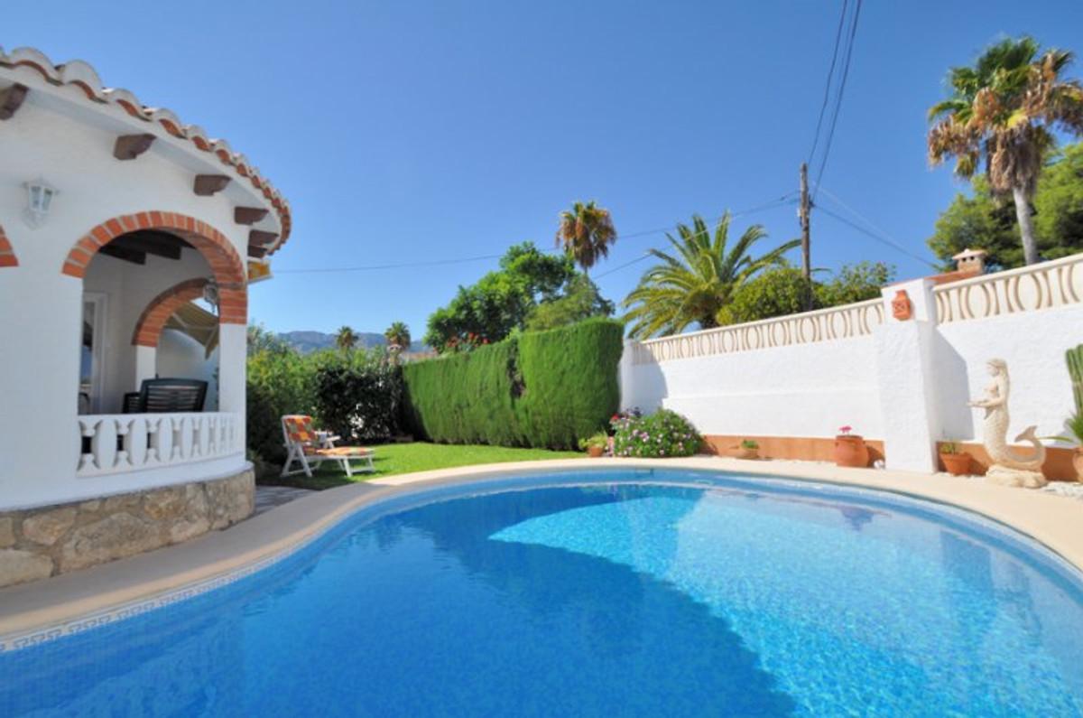 90ee8289f2028 Casa piscina privada - frente a la playa en Denia - Sig.ra R. Eckert