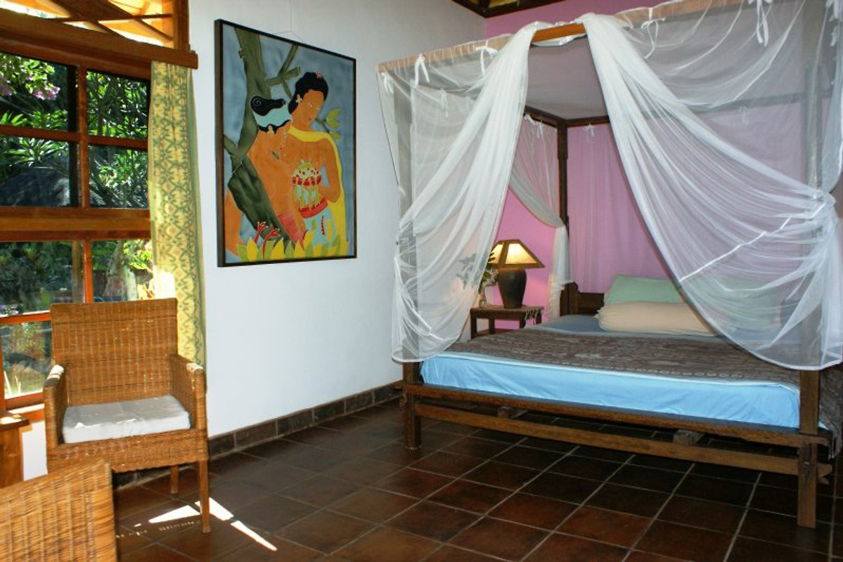 Saraswati holiday house holiday home in lovina for Air circulation in a room