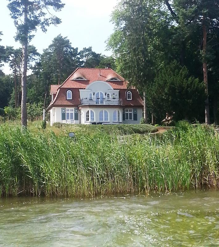 Haus Am See Ferienwohnung In Woltersdorf Mieten: Haus Seeperle In Plau Am See