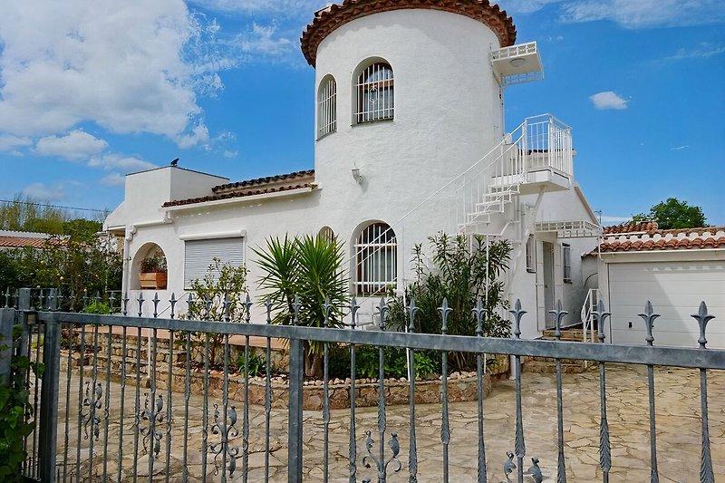 Hausansicht der Villa Palmera