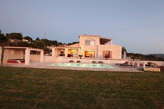 Poolvilla Dionysos