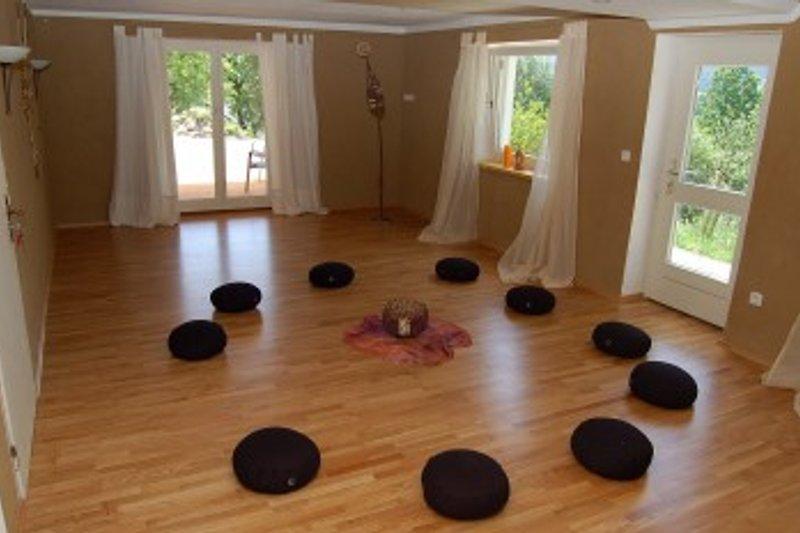 gruppenhaus bayern mit sauna ferienhaus in regen mieten. Black Bedroom Furniture Sets. Home Design Ideas