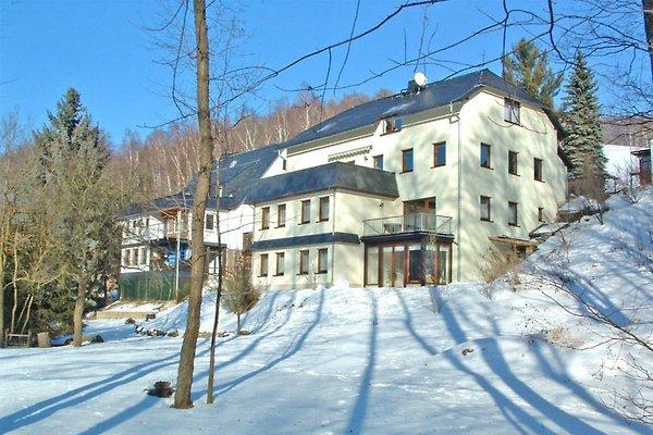 Außenansicht Gästehaus Winter