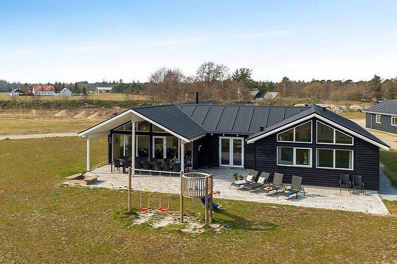 Außenansicht Ålbæk Poolhus