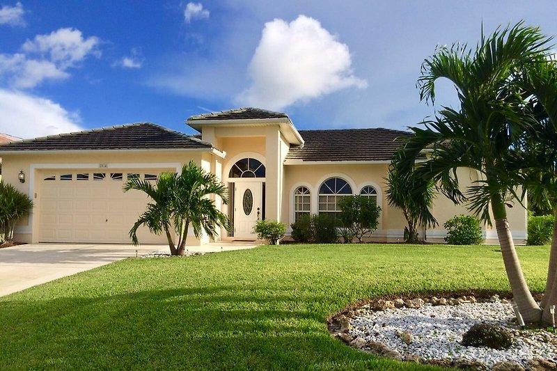 Ausenansicht Villa Three Palms