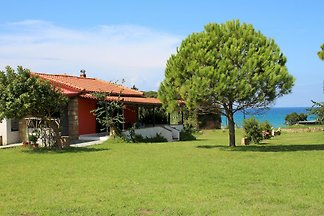 Holiday home in Kastro