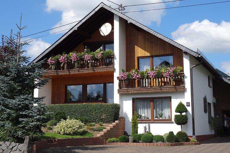 Eifel Ferienwohnung I, Fronwiese 12 in Ulmen