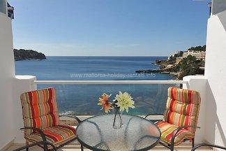 Apartamento junto al mar en Santa Ponsa Ref. 2579