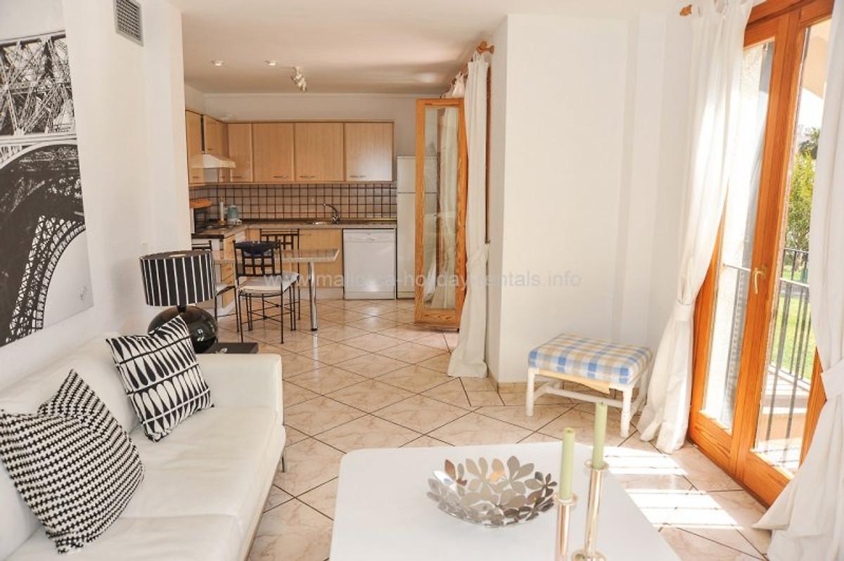 ref 2586 santa ponsa ferienwohnung in santa ponsa mieten. Black Bedroom Furniture Sets. Home Design Ideas