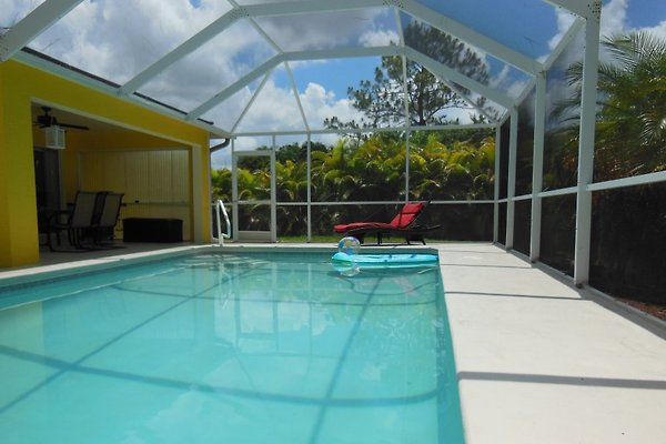 haus astrid vakantiehuis in cape coral huren. Black Bedroom Furniture Sets. Home Design Ideas