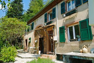 Maison la petite Vallée, CHARBES