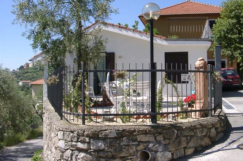 Casa de vacaciones en Diano San Pietro - imágen 2