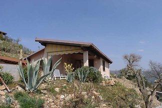 Casa de vacaciones en Diano Arentino