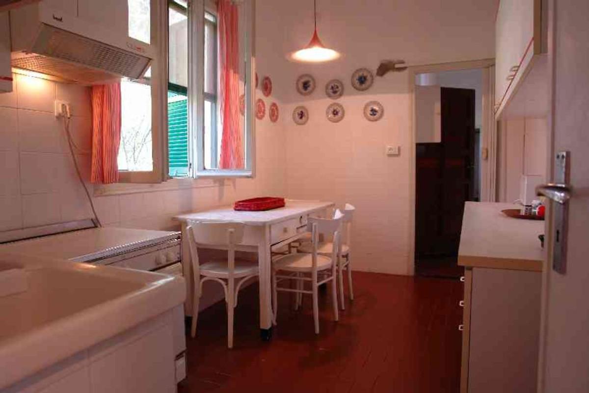 ferienwohnung casa diano castello ferienwohnung in diano castello mieten. Black Bedroom Furniture Sets. Home Design Ideas