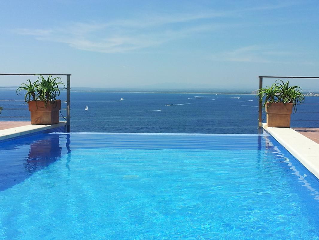Vila alcover casa vacanze in roses affittare for Piscina alcover