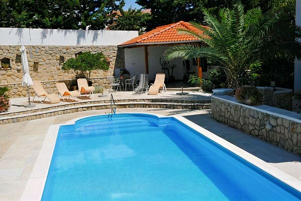 edificio de apartamentos Angela / piscina en Kampor - imágen 1