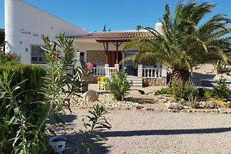Villa mit Privatpool und Meerblick