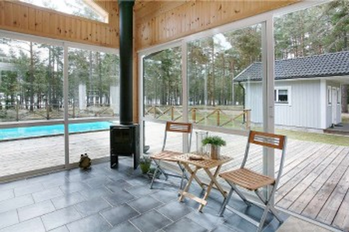 ostsee pool sauna boot okn ferienhaus in okn. Black Bedroom Furniture Sets. Home Design Ideas