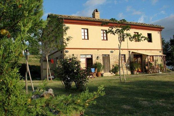 Cottage Casa Montale en Montecarotto - imágen 1