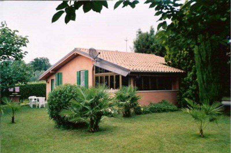 Unser Haus mit Wintergarten