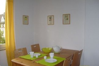 2 Zimmerwohnung mit Küche Diele und Bad in Kölner Innenstadt