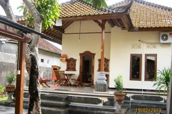 bali sani vacation rental ferienhaus in denpasar mieten. Black Bedroom Furniture Sets. Home Design Ideas