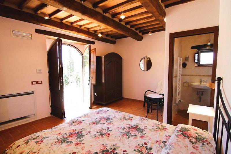 castagnatello landgut noce ferienhaus in seggiano mieten. Black Bedroom Furniture Sets. Home Design Ideas