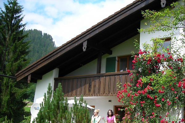 Südansicht mit 2- Balkonen