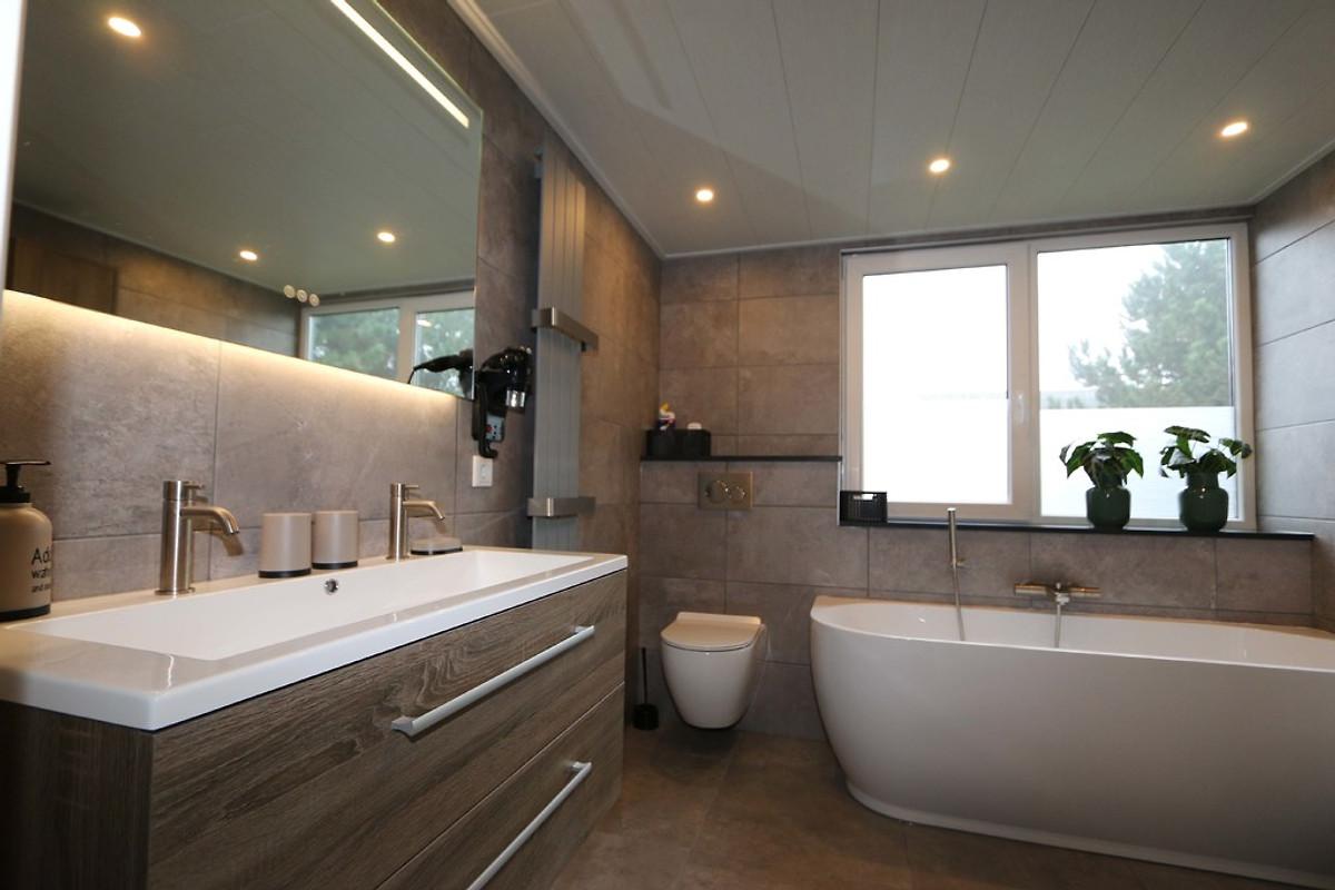 kamillelaan 2 villa ferienhaus in nieuw haamstede mieten. Black Bedroom Furniture Sets. Home Design Ideas