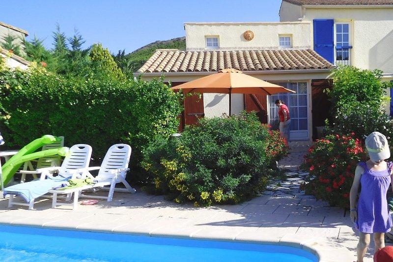 FeWo mit Terrasse auf Süden, Garten und Pool