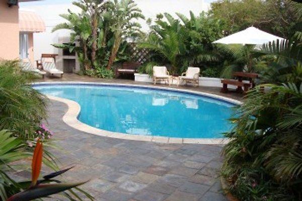 At Sta-Plus Guest House  à Port Elizabeth - Image 1