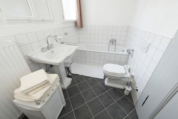 jagdhaus sch nau ferienhaus in sch nau an der brend mieten. Black Bedroom Furniture Sets. Home Design Ideas